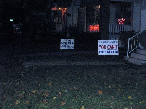 Obama_signs